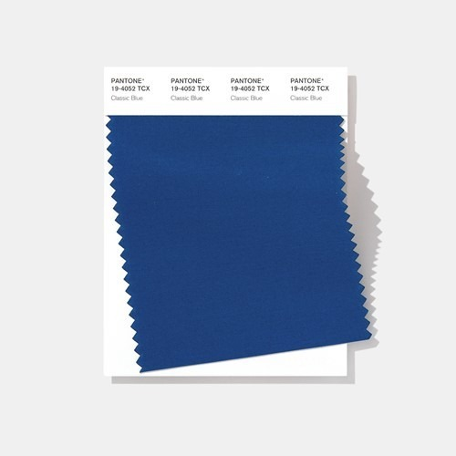 Vzorník s pantone modrou