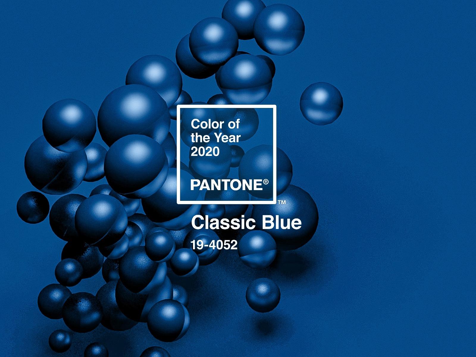Barva roku Pantone nadčasová klasická modrá