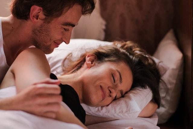 Ucítíte vy nebo váš partner zavedené nitroděložní tělísko?