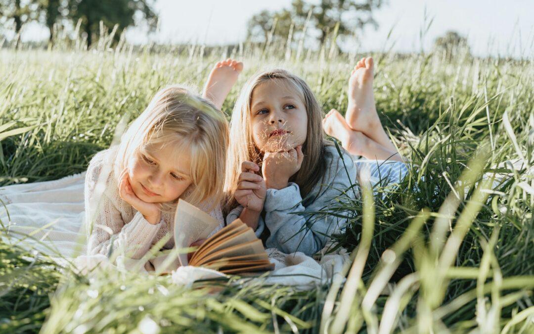Děti, čtěte. Dva hodně zajímavé projekty pro malé čtenáře