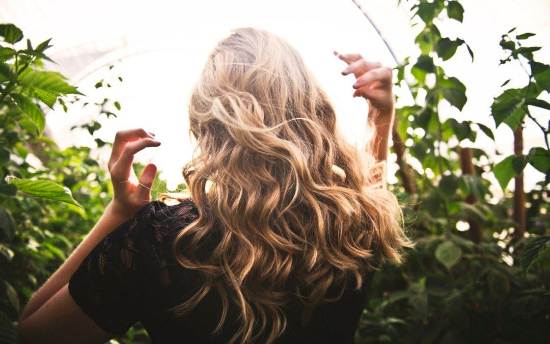 Krásný zpravodaj: zero-waste v drogerii, na vlasy Foilyage, slow beauty nevěsta