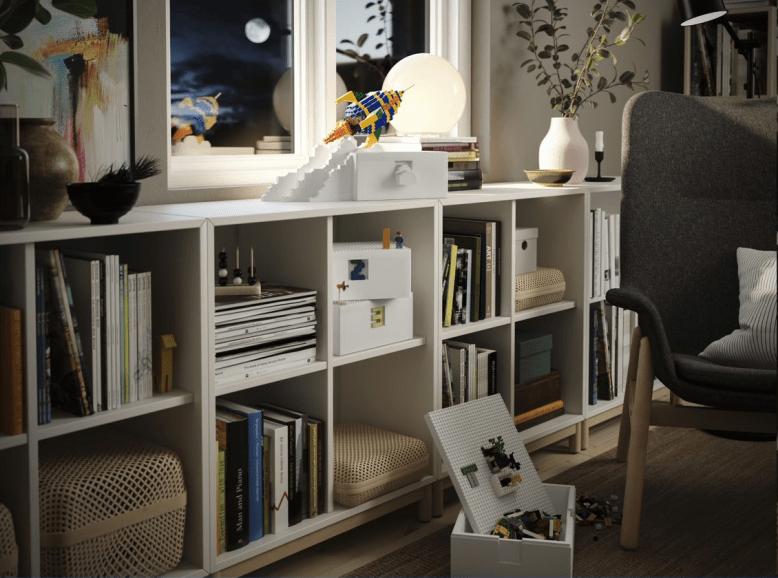 Velký den pro Lego a Ikea, malý den pro domácí úklid. Nebo naopak?