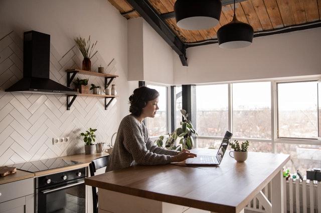 Nová pravidla líčení na on-line meeting: určitě vás překvapí, co už nedělat